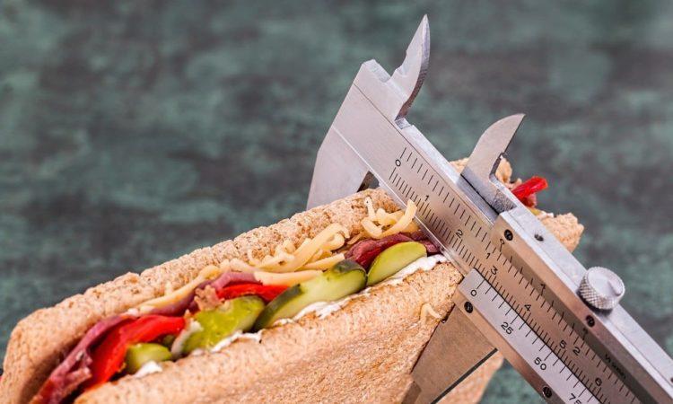 Intervallfasten (Intermettierendes Fasten) Vorteile und Nachteile
