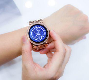 Smartwatch Versicherung Vergleich und Test