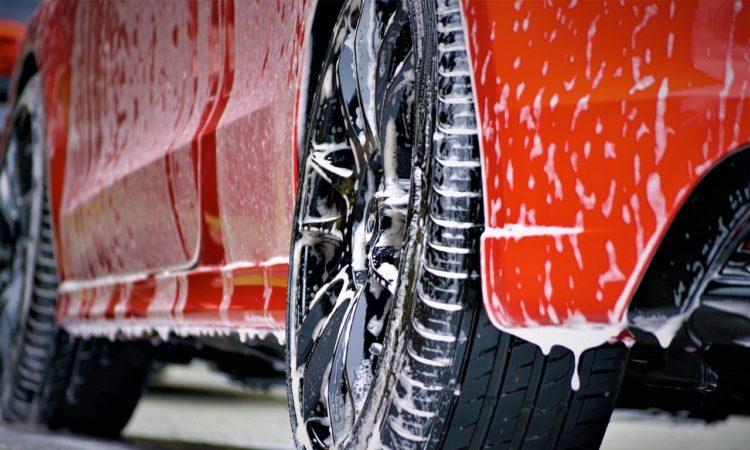Auto pflegen und polieren