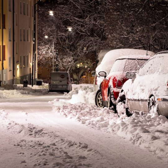 Schneeflug an Pickup