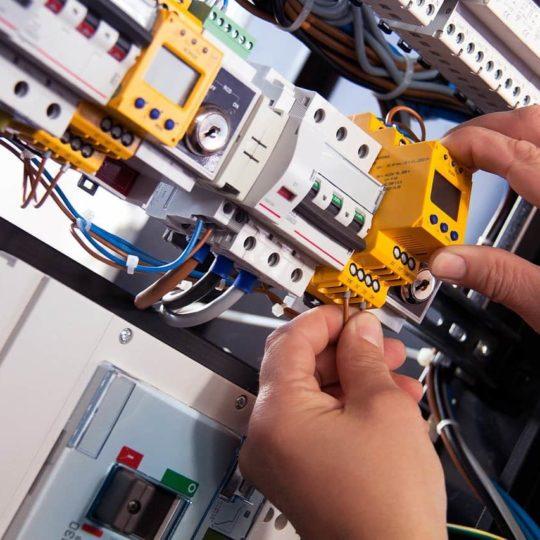 elektrische Arbeitssicherheit und Arbeitsschutz